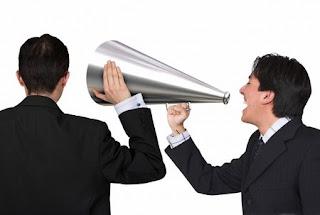 Hambatan Komunikasi dan Bentuk Komunikasi Efektif