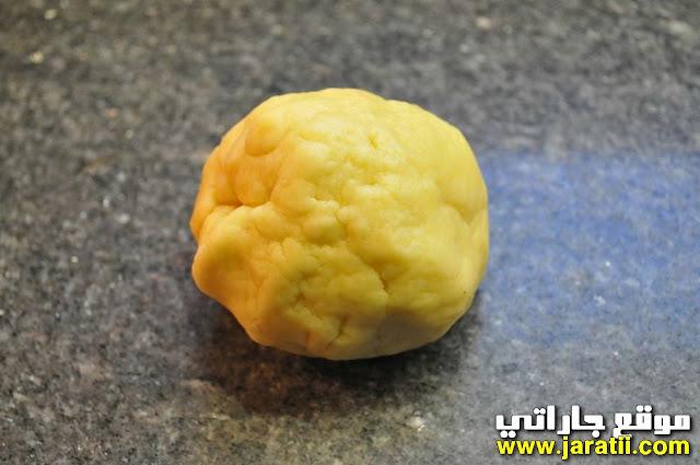 كرة عجين