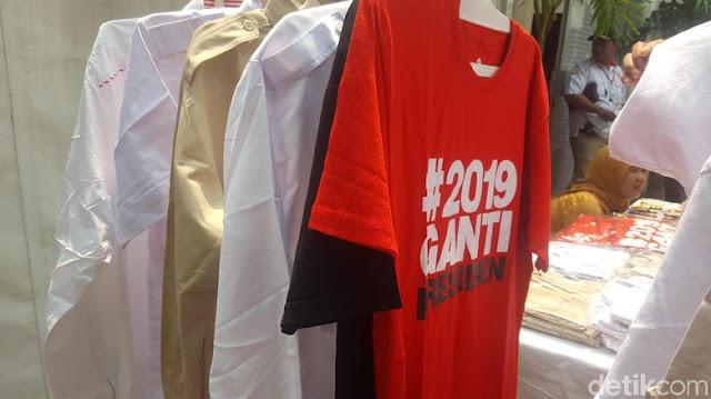 Wah, Ada Kaus #2019GantiPresiden Dijual di Stan Rakernas Gerindra