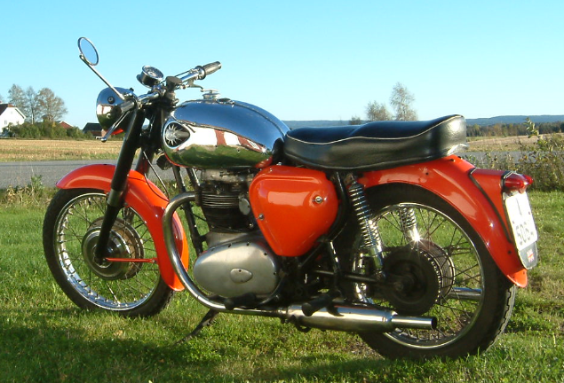 Rust In The Meadows: BSA A50