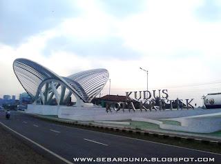 Gerbang Kudus Kota Kretek