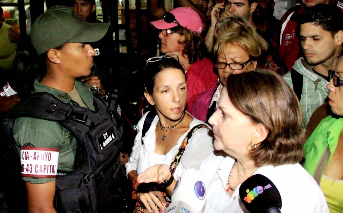 Adriana Monsalve Esposo que es su esposo Antonio