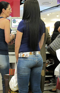 young-girls-tight-jeans