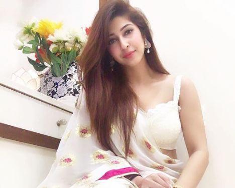 Sonarika Bhadoria unseen pictures 1