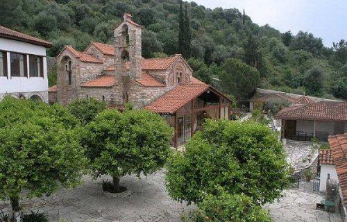 Άρτα: Γνωρίζουμε Τα Μνημεία Της Άρτας: Ξενάγηση Τη Δευτέρα Στη Βυζαντινή Μονή Κάτω Παναγιάς