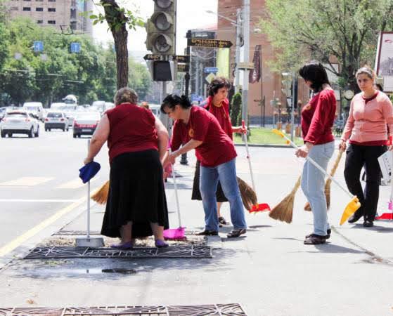 Armenia establece un día de limpieza en todo el país