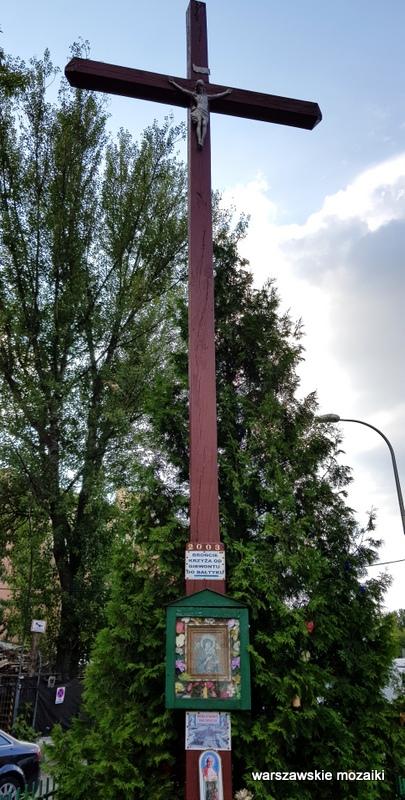 Warszawa Warsaw krzyż przydrożny warszawskie krzyże przydrożne kult religijny