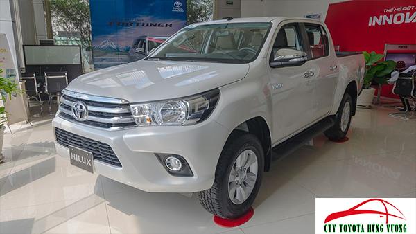 Giá xe, thông số kỹ thuật và đánh giá chi tiết bán tải Toyota Hilux 2018 nhập khẩu - ảnh 4