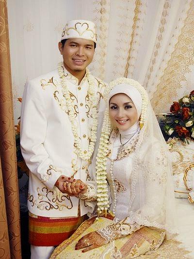 baju pengantin jawa muslim