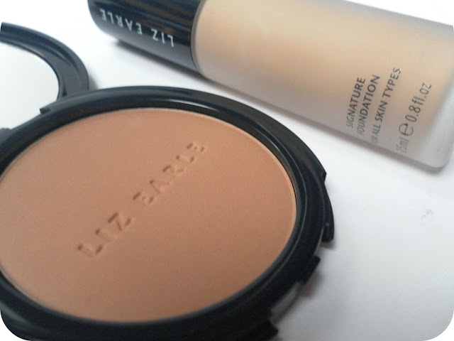 A picture of Liz Earle Natural Glow Bronzer and Liz Earle Signature Foundation