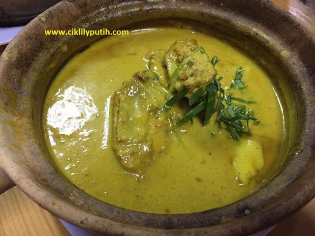 Empire Assam Pedas, Assam Pedas Nilai, Cendol Durian, Rawlins Eats, Assam Pedas Kepala Ikan Merah, Masak Lemak Daging Salai, Masak Tempoyak Ekor Ikan Patin, Tempat Makan di Nilai, Rawlins GLAM,