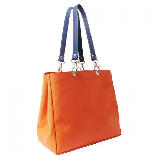 0ac7f83fa ... propios bolsos con un solo click. ¿Cuál es la idea? Combina la base,  las asas y las pochette a tu gusto y tienes tu complemento tal y como tu  quieres.