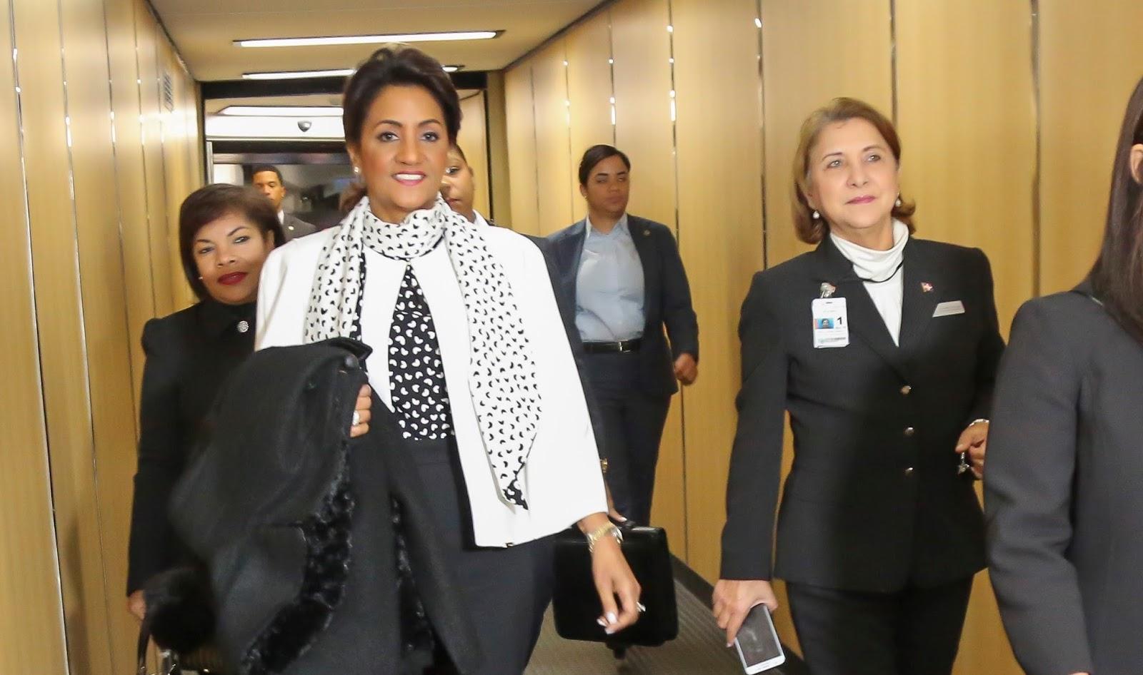 Primera Dama sale a NY para compartir con dominicanos en misa en honor a la Virgen de La Altagracia