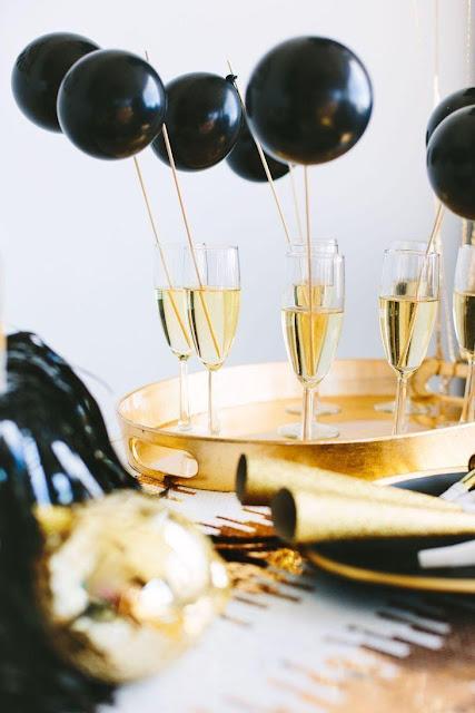 Balões decorativos festa preto e branco