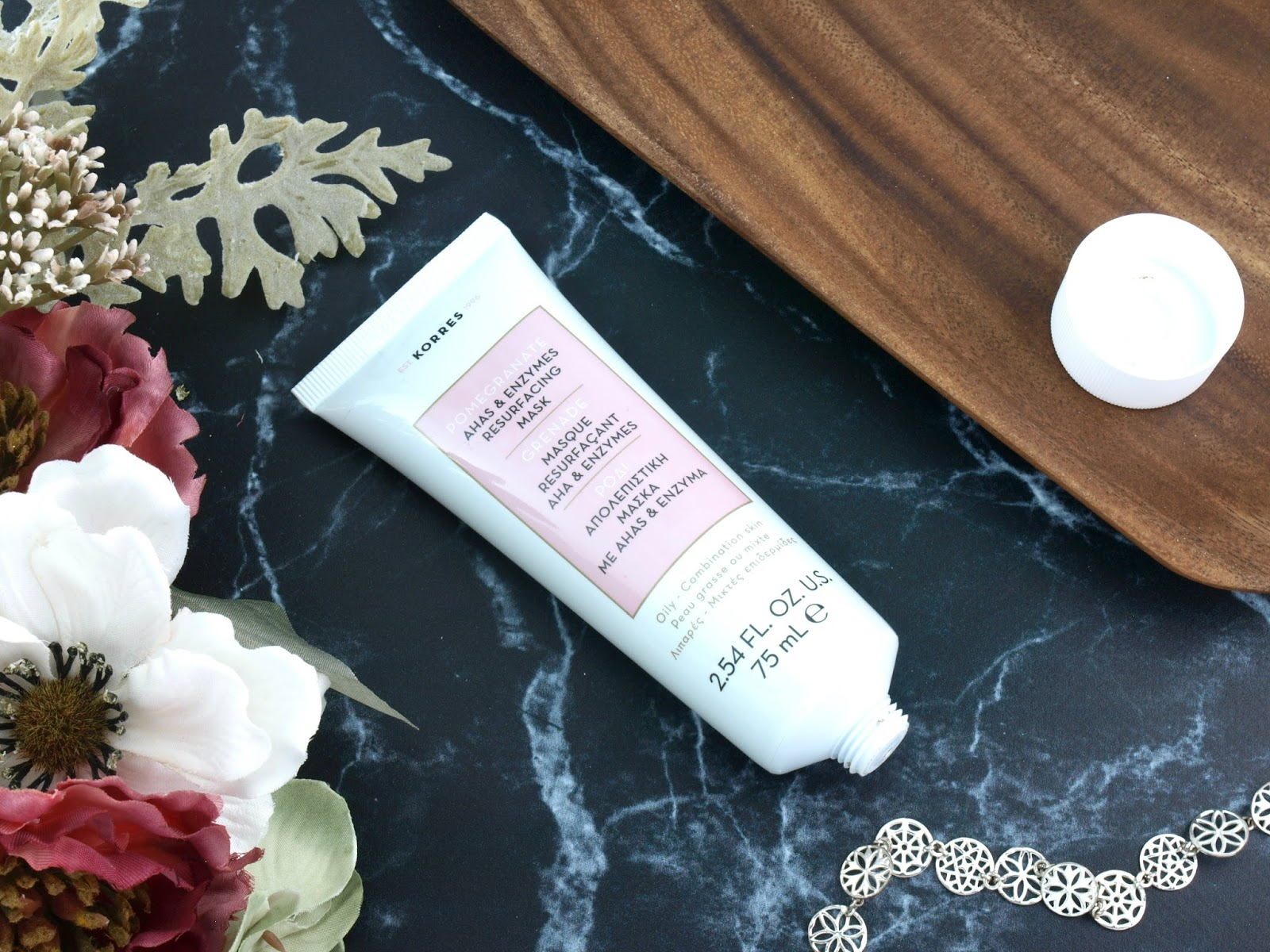 KORRES | Pomegranate AHAs & Enzymes Resurfacing Mask: Review