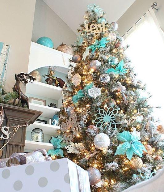 14 ideas para decorar rboles navide os en tonos azules - Tonos azules ...