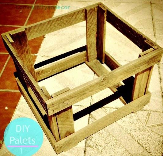 C mo crear una mesa de centro para el jard n con palets en - Mesa de palets bricolaje ...