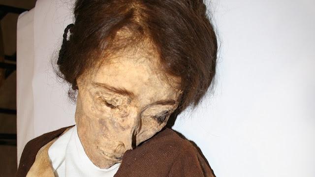 'Van Gogh' mummy found in Spanish church
