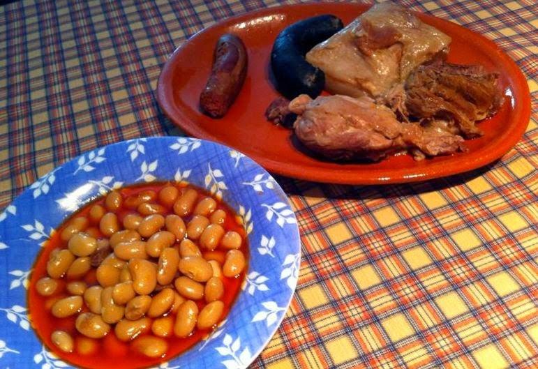 http://lashermanasyunamarx.blogspot.com.es/2014/10/fabada-andaluza.html
