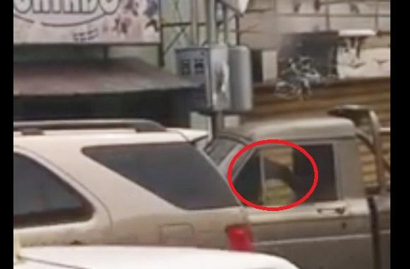 en-video-captan-un-ladron-robando-en-villa-rosario