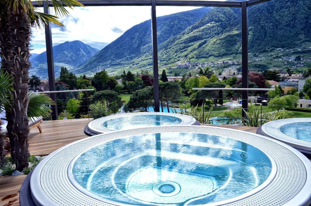 Hotel terme merano un mondo di benessere per le vacanze - Hotel merano 4 stelle con piscina ...