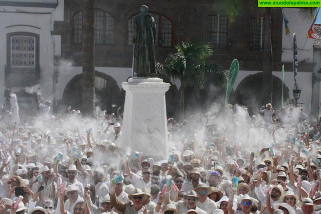 Santa Cruz de La Palma se prepara para recibir este lunes el desembarco de miles de Indianos de toda Canarias