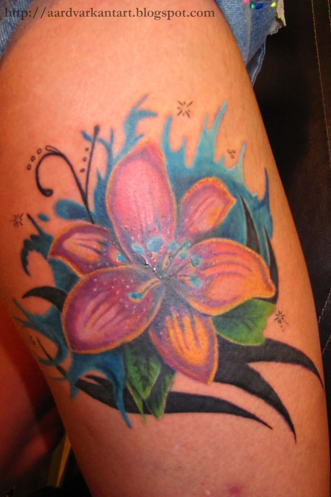 Flower Tattoo Designs Hip: Aardvark Ant Art: Flowers