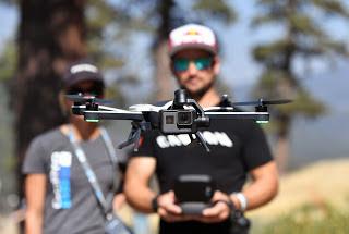 işte gelecekte ihtiyaç duyulacak o meslekler drone pilotu