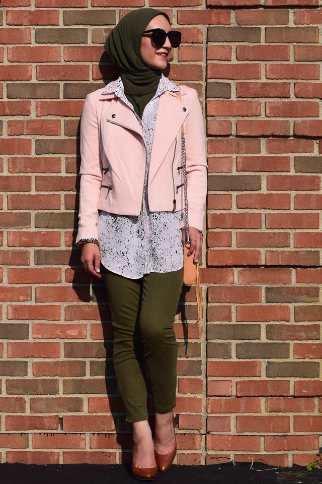 A Day In The Lalz; Fall Fashion; Banana Republic; Pink and Olive; Fashion Blogger; Modesty; Hijabi; Vela Zipper Edge Scarf; Karen Walker Super Dupe Sunglasses; Rebecca Minkoff Handbag; Style Inspiration