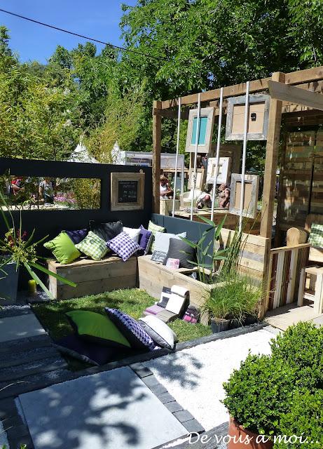 de vous moi une tarte la rhubarbe pour le salon vivre c t sud. Black Bedroom Furniture Sets. Home Design Ideas