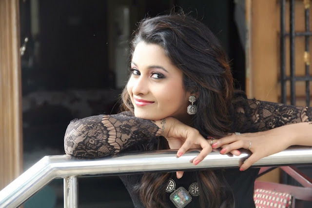 Actress Priya Bhavani Shankar Photo Gallery