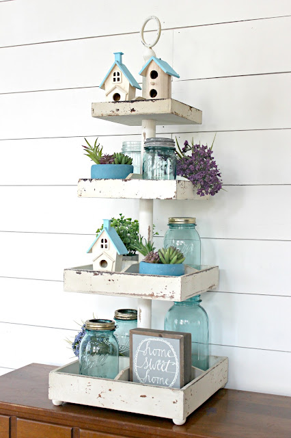I love this easy spring decorating idea! Proof that serving trays aren't just for tea and crumpets.