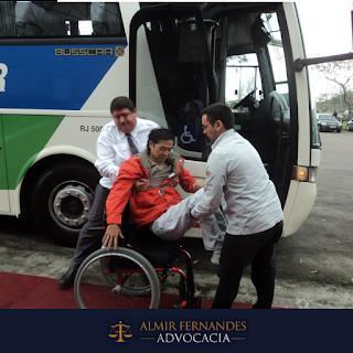 Empresa de ônibus é condenada por não ter veículos adaptados para pessoas com deficiência