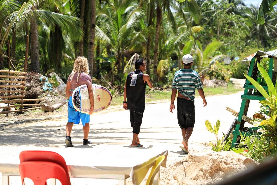 обучение серфингу на острове Сиаргао, Шиаргао, серфинг на Филиппинах, острова, тур Сохотон, групповой тур