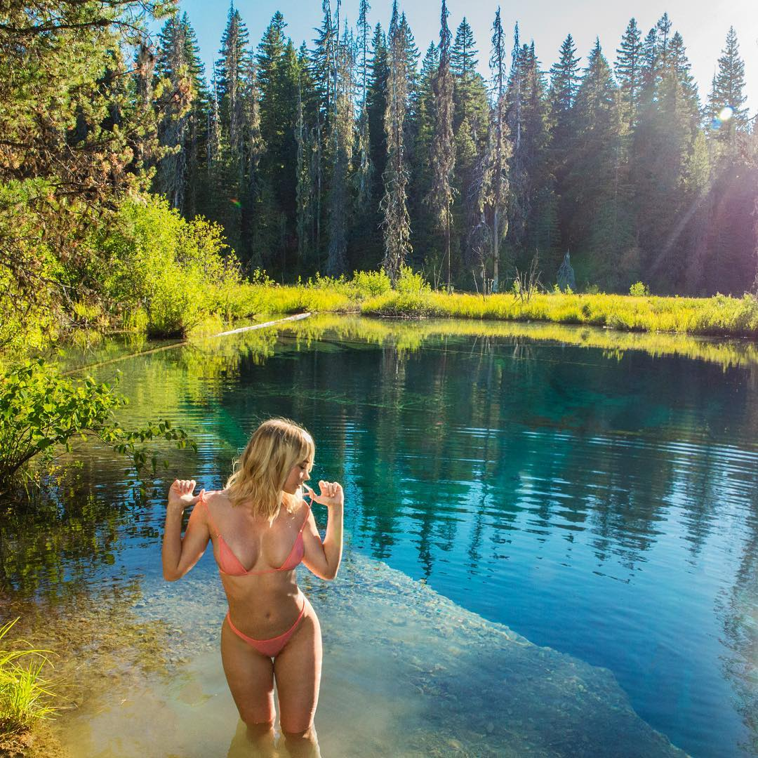 Sara Underwood in Nature