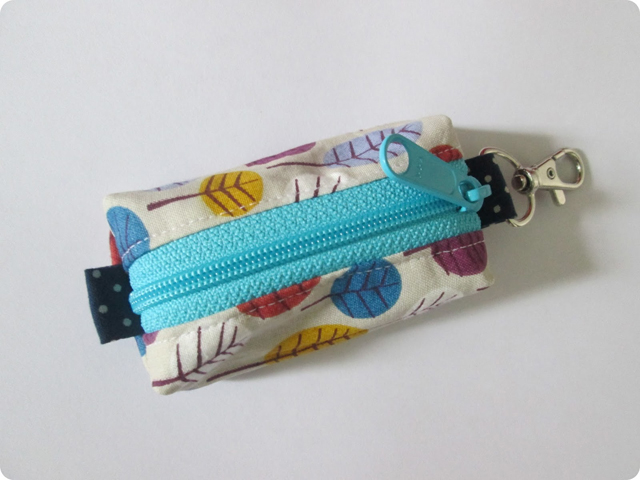 Learn how to make a keyring zippered pouch. Tutorial by Stitch by Fay.