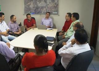 Prefeito Olivânio Remígio se reuniu com pastores das igrejas evangélicas de Picuí