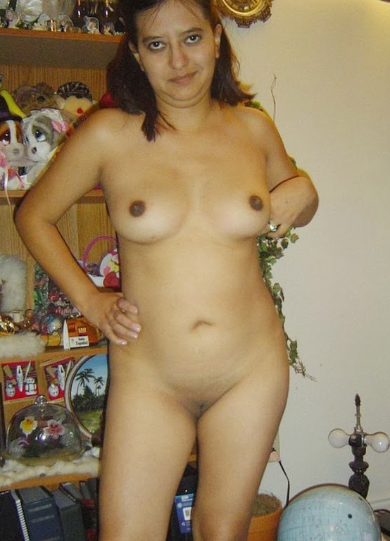 Nagpur Modern Aunty Nude Boobs Photo