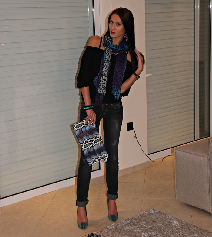 snakeskin and leopard print fall winter accessories trend