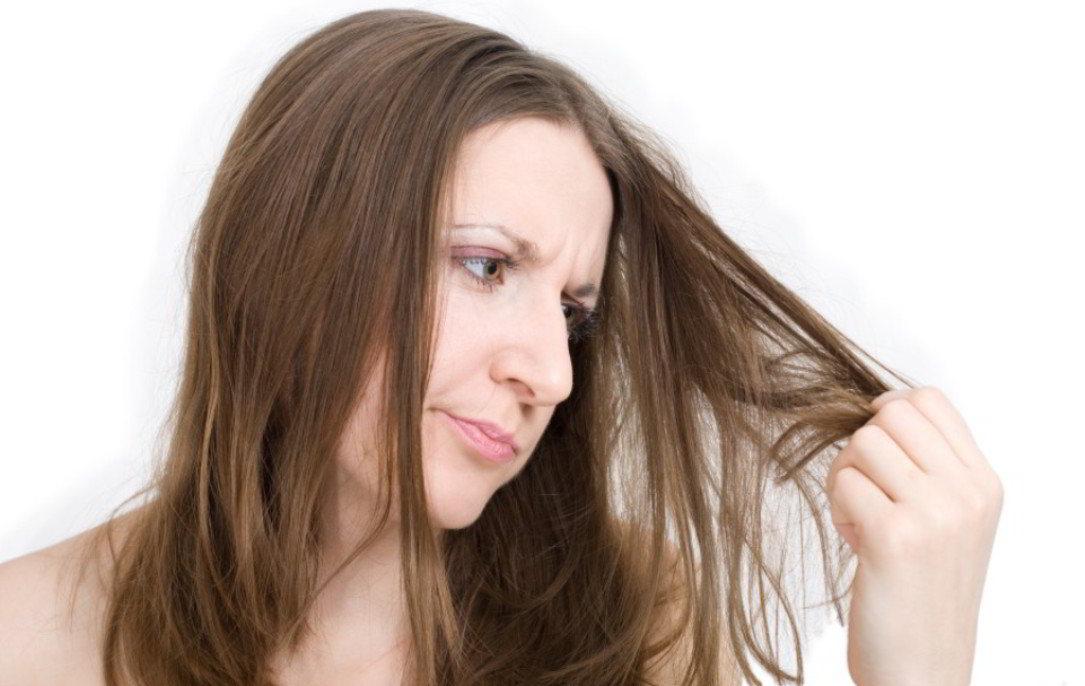 Alpukat untuk Rambut Kering dan Keriting
