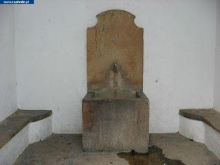 Fontes e Fontanários do Castelo de Castelo de Vide, Portugal (Fountain)