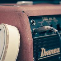 reseñas de guitarras, amplificadores y otros accesorios