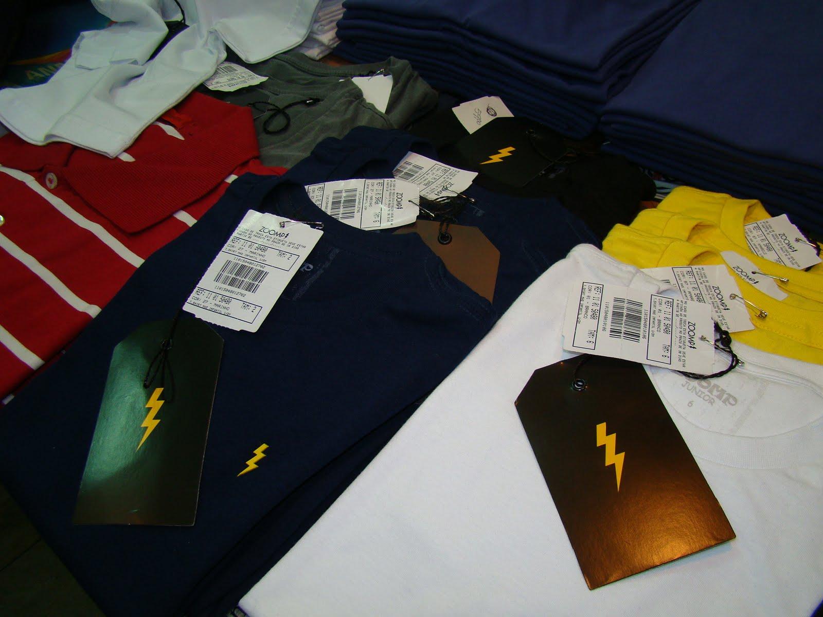 cb02216c8b Dei uma mini-passadinha na Off Jeans Outlet ( offjeansoutlet) hoje para  contar as novidades e ainda tem umas camisetinhas t-shirts teens e que as  tamanho ...