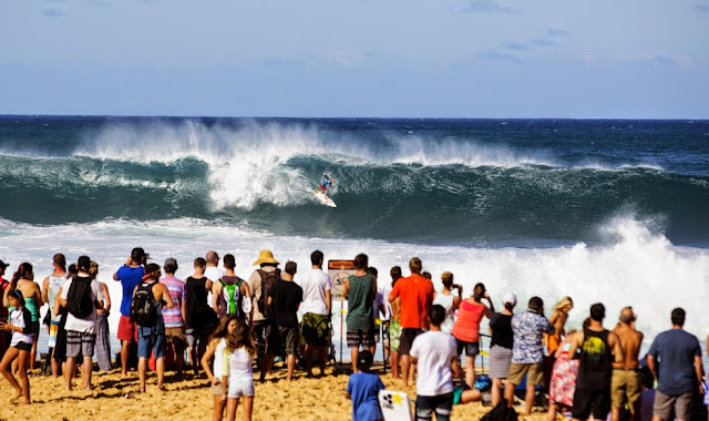 40 Billabong Pipe Masters Nat Young Foto ASP
