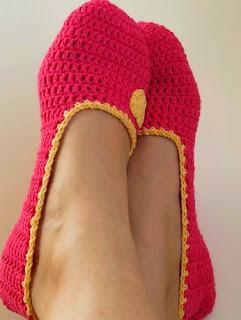 http://www.espaciocrochet.com/2014/05/bailarinas-de-crochet.html