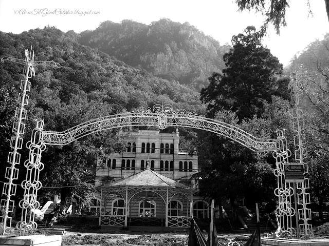 Central park.Parcul Central. And Culture house.  Băile Herculane. Ansamblul Cazinoului, (1850 - 1900; înc. sec. XX.) The old building of Casino in the Spa resort. Cerna Valley; Domogled.