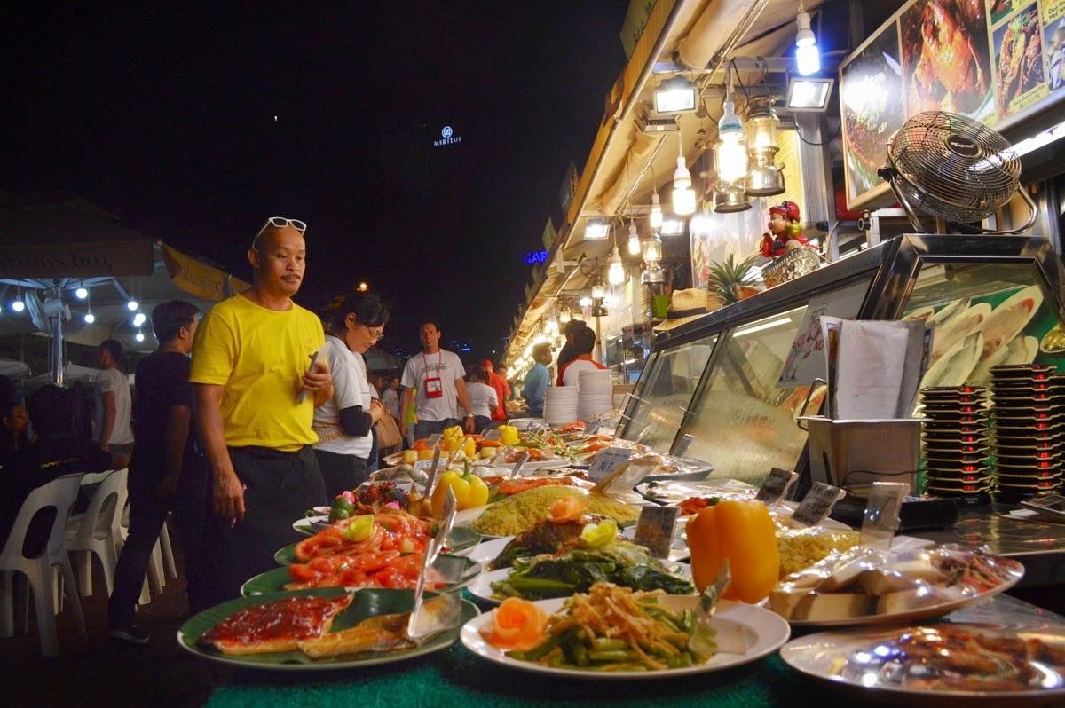 Exploring vegetarian food in Singapore!