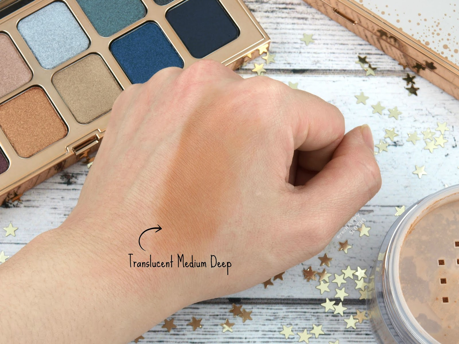 "Laura Mercier | Holiday 2018 Prep-A-Powder Limited Edition Powder & Puff in ""Translucent Medium Deep"": Review and Swatches"