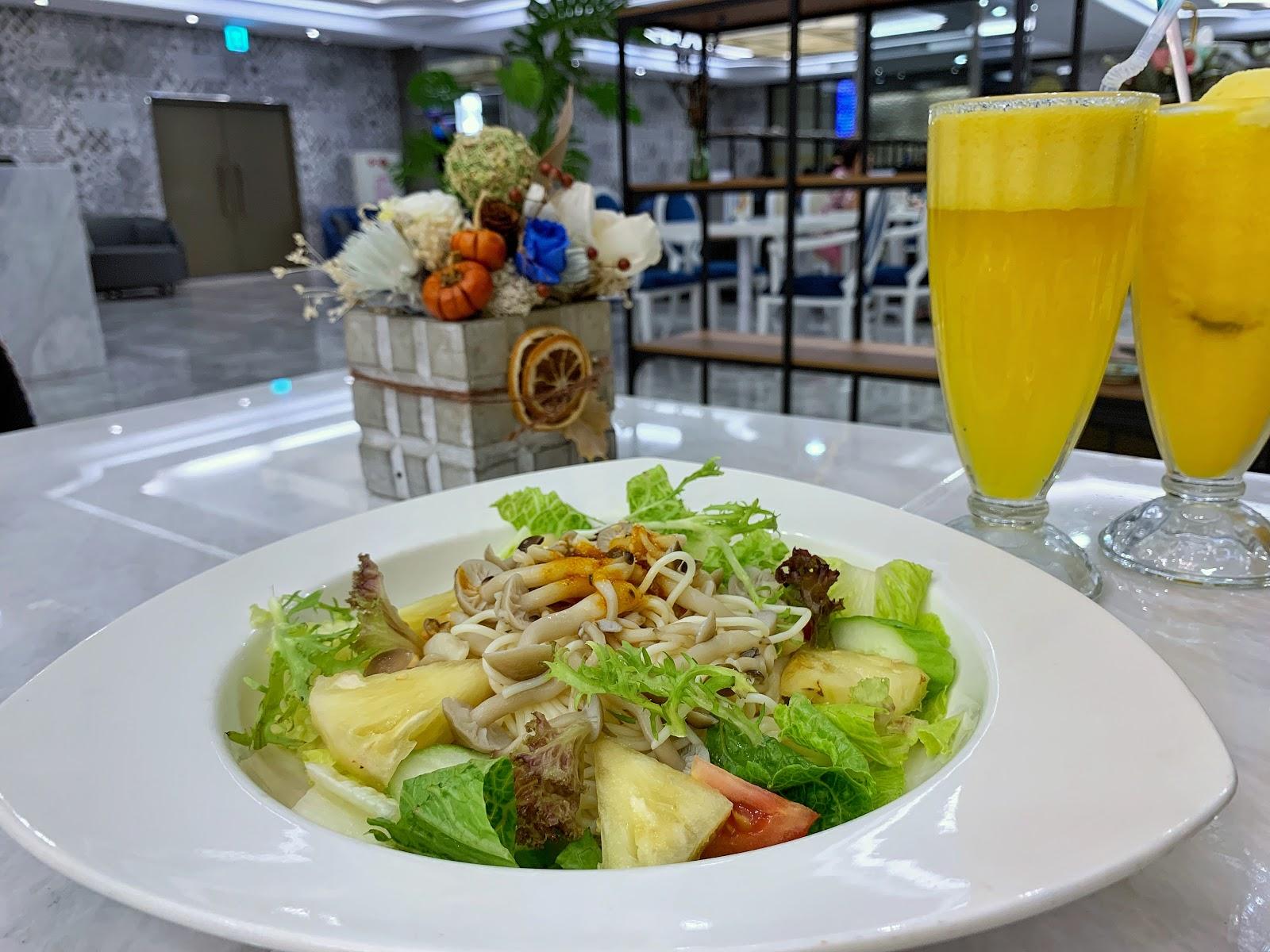 台南中西區美食三皇三家餐點淋醬酸辣醬