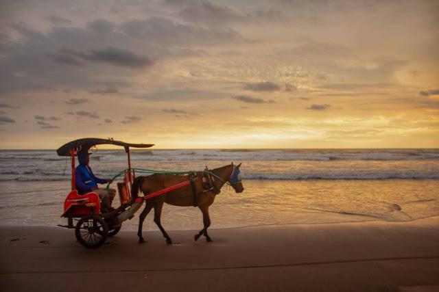 Paket wisata jogja pantai parangtritis